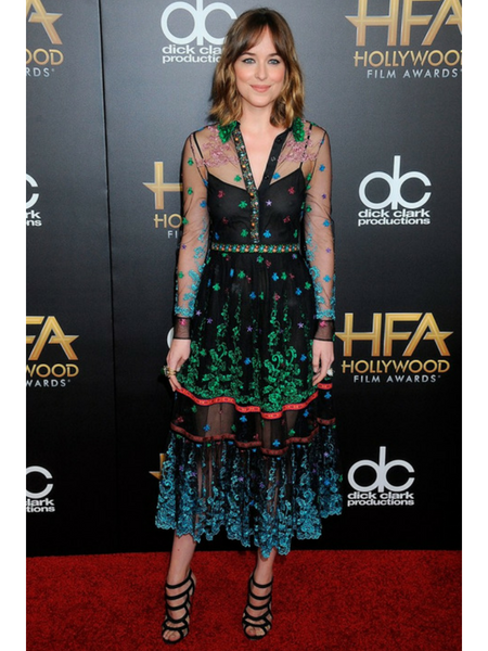 Moda Festa_Passeio Completo_Vestido Midi_Dakota Johnson 2015 Hollywood Film Awards