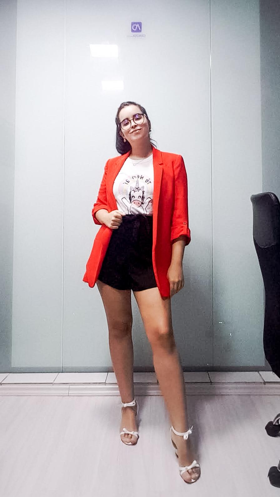 Camiseta-No-Trabalho_5-Dicas-De-Como-Usar-Com-Blazer